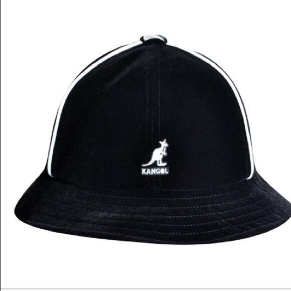 e694b299ce6 KANGOL track casual black velour hat